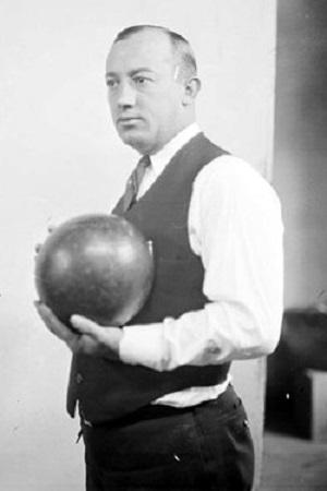 Wiesner, Milo (1922)