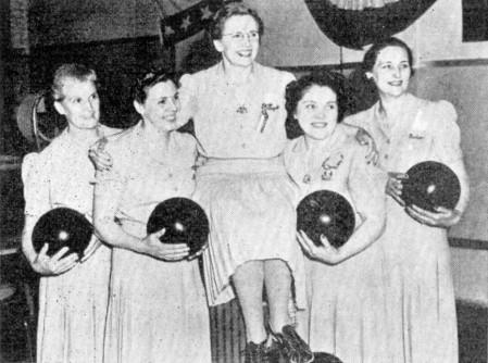 (L-R)--Laila Gierman, Ruth Hartmann, Margaret Frank, Nell Hartmann, Celia Rosencrans